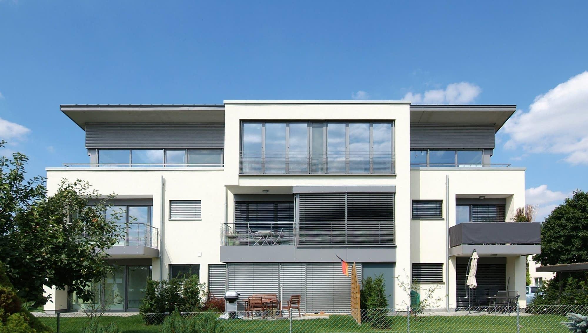 Verkauft - Sonnige 3,5 Zimmer Wohnung in Burlafingen mit Dachterrasse