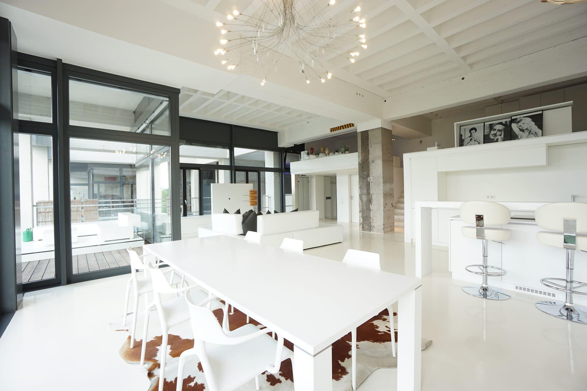 Verkauft - Exclusive Loft-Wohnung im Stadtregal